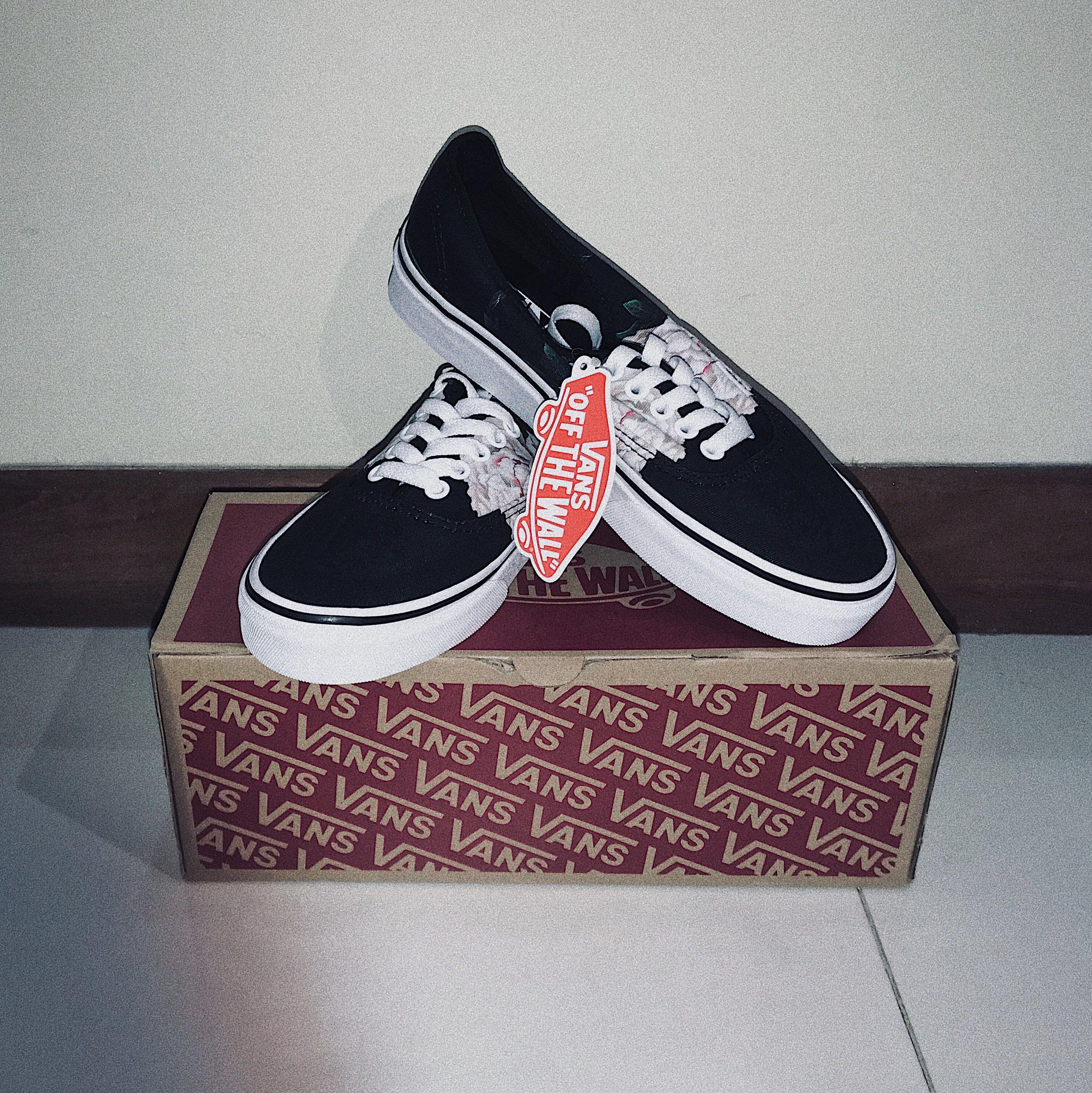 Authentic Vans Shoes (Winter Black