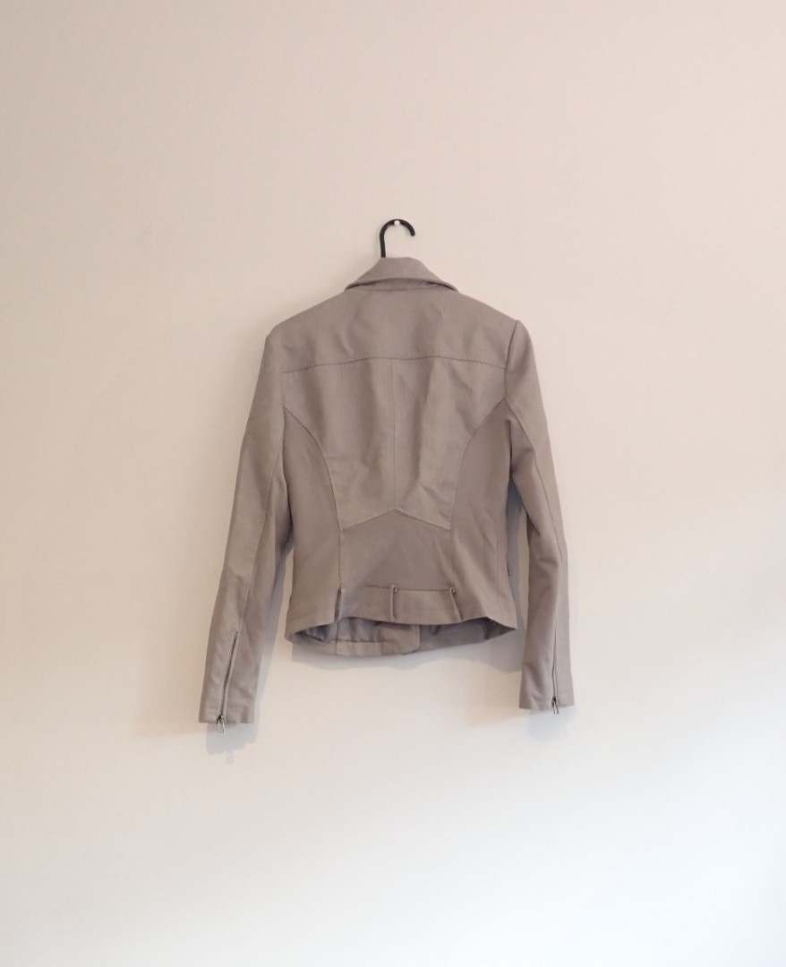 Blanc  noir, size small grey faux leather, fitted jacket