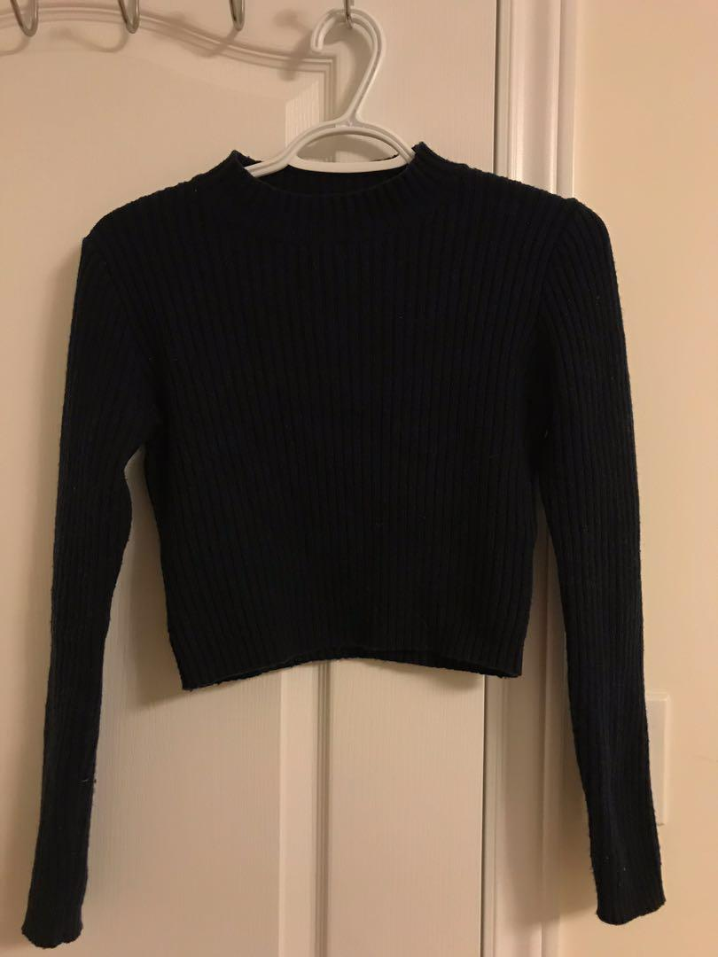 BRANDY MELVILLE CROPPED KNIT SWEATER