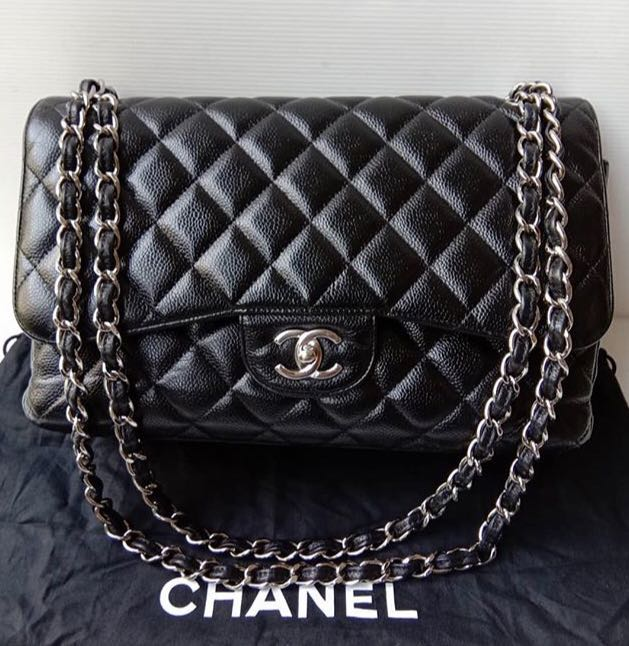 0843c63c3d62 Chanel, Luxury, Bags & Wallets, Handbags on Carousell