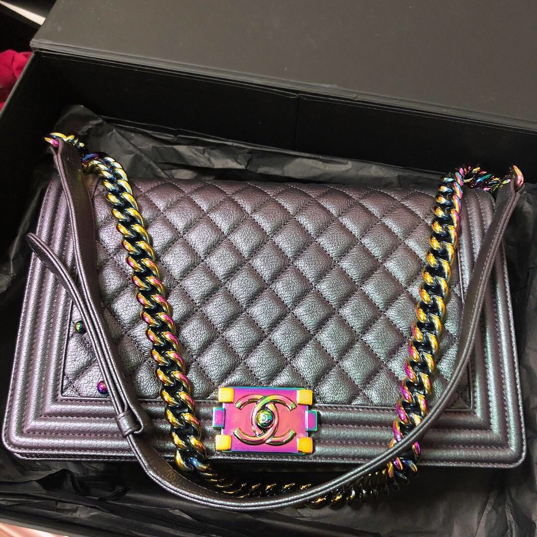 99d94f8c3365 🌈Chanel Iridescent Purple Boy New Med Goatskin Rainbow HW, Luxury ...
