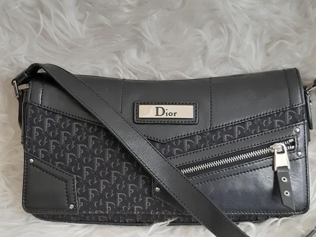 Fixed Price.. Nggak Nego😍Authentic Christian Dior Black Monogram bag- Very cute🎀🎀🎀