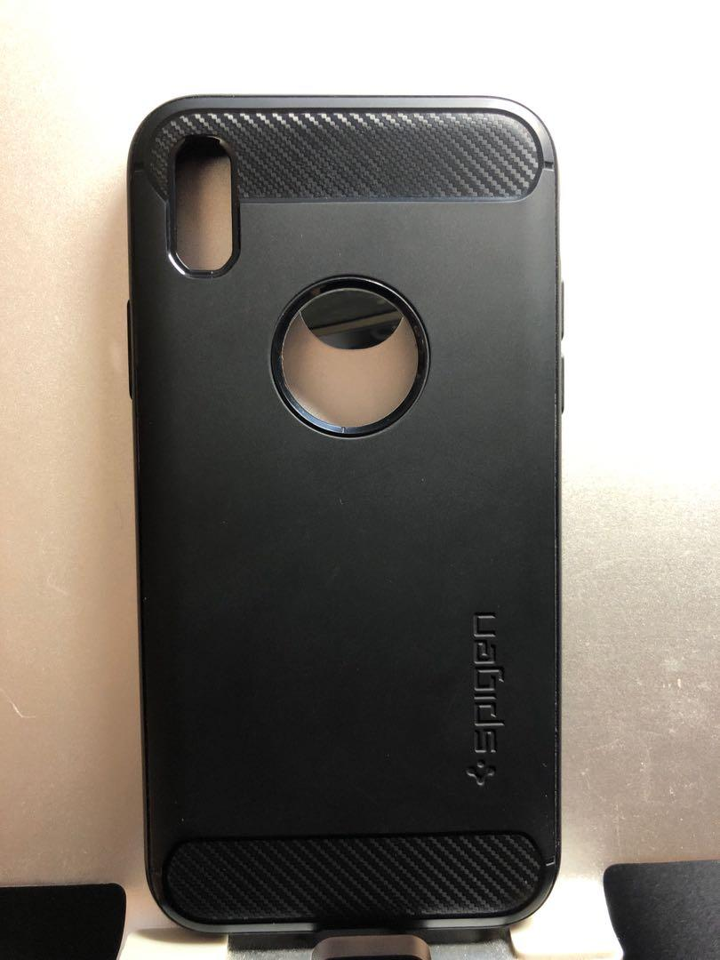 iPhone X/XS Spigen Black Carbon Fibre Case
