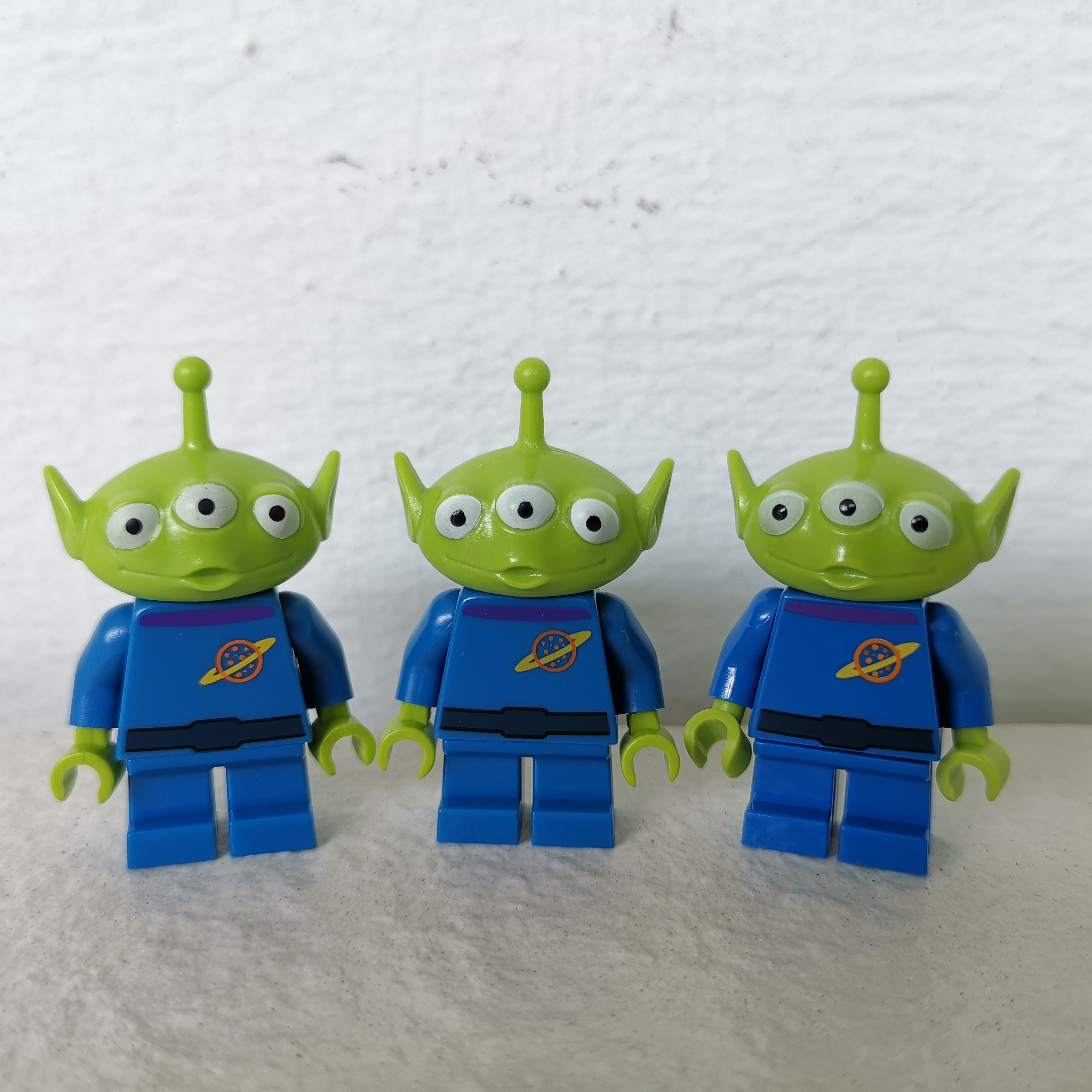 Lego Toy Story Alien Originated From Lego Toy Story Box Sets Not The Ones From Disney Minifigure Series 1 Price Is Per Figure Toys Games Bricks Figurines On Carousell