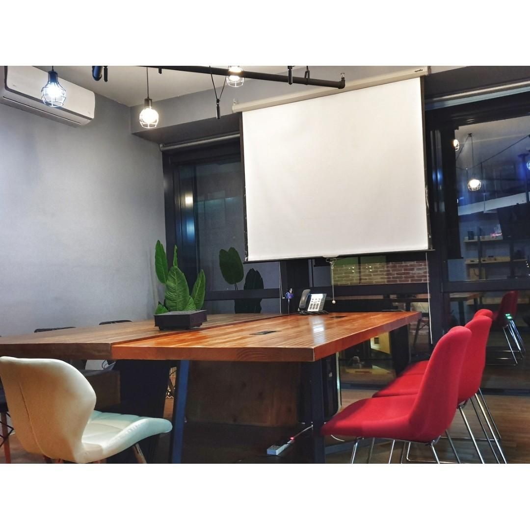 Meeting Room | Conference Room | Training Room