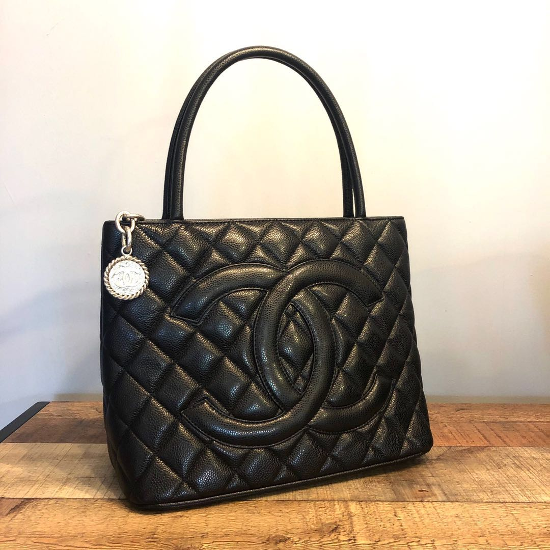 d207761a51dc46 RESERVED Authentic Chanel Caviar Medallion Tote w Silver Hardware ...