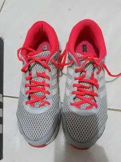 Adidas Modulate W (US 8.5) Running Shoes