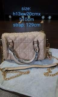 🚚 Brand new mini DIOR bag