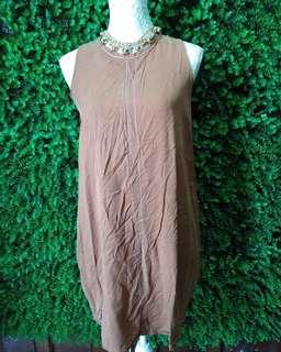 Brown elegant vintage dress