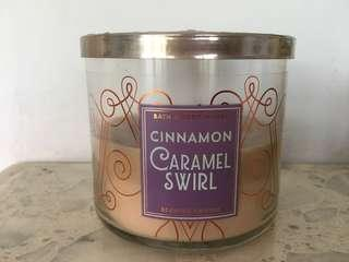 55-60% BIG SIZE Bath And Body Works Candle Caramel Swirl