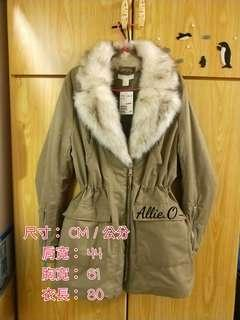 真品 H&M 毛毛V領氣質軍綠修身撲綿大衣 外套