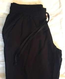 Aritzia Talula Pants