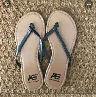 Dicari sandal kaya gini, tp warna putih/ no defect