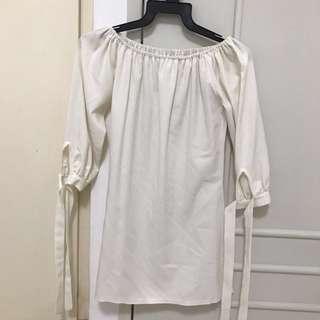🚚 White Off Shoulder Dress
