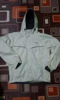 Jaket outdoor IGNIO second warna putih jaket gunung