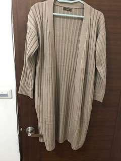 🚚 全新 Yourz 駝色 羊毛 自訂款罩衫 自訂款經濟包 針織 韓貨 外套