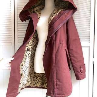 🚚 韓國製酒紅厚實連帽內裡豹紋刷絨 短大衣長版厚外套