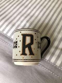 Anthropologie 'R' mug