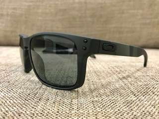 e8dbc8d12f0 Oakley Jupiter Squared Matte BLUE WHITE (Lowest In Carousell. Price ...