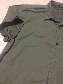 Used Men Short Sleeve shirt 185/100A $10.00