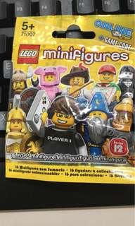 Lego CMF Series 12 minifgure MISB Sealed 71001