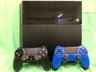 🚚 PS4主機 (500G) +黑色手把(藍色手把已賣出)