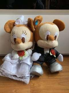 🚚 SELLING Mickey and Minnie Plush Wedding Car Deco