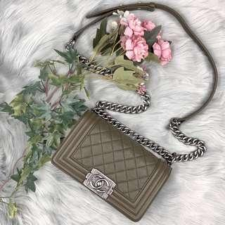 🚚 Chanel Boy Chanel Small in Olive Caviar with Ruthenium hardware