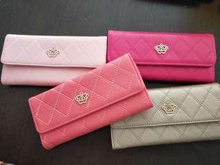 🚚 Long wallet one each per colour ready stock