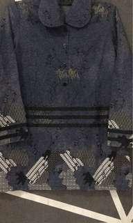 Kemeja wanita batik