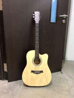 🚚 Brand new 41 inch acoustic guitar
