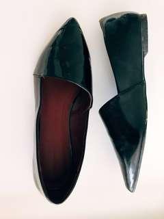 Zara Asymmetric Flat Black shoes