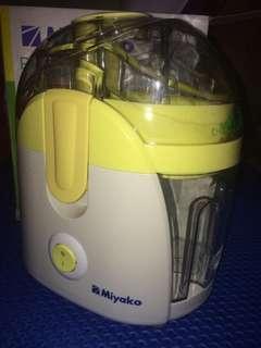 mixer - juice extractor