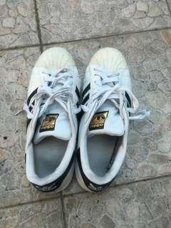 Adidas貝殼鞋 白