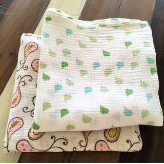 Muslin swaddles / blankets