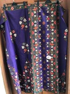 Sarung batik ungu