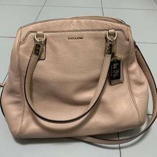 🚚 Dusty pink Coach Bag - authentic