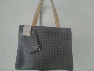 New Brown handbag poccilini