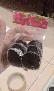 Doorgift cupcake choclate moist