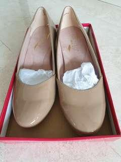 Aerosoles Nude Patent Shoes