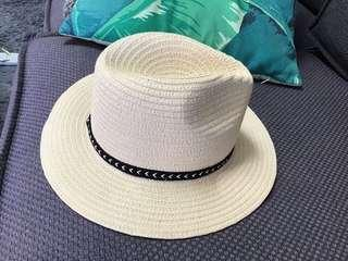 Beach Hat - Cotton On