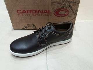 Sepatu kasual pria merk cardinal