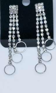 🚚 Elegant earrings ( 3 pair for $10)