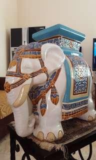 Gajah keramik Thiland