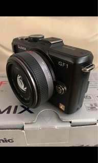 Panasonic LUMIX GF1 行貨全套 餅鏡