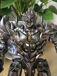 Transformers Studio Series Battle Damaged Megatron
