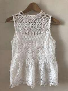 TEMT AUSTRALIA BRAND white lace top白色通花背心