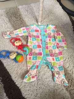 Frogsuit onesie overall