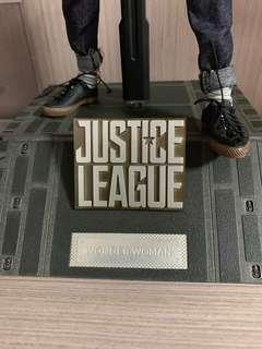 HotToys Justice League Wonder Woman換Batman 台座 換優先