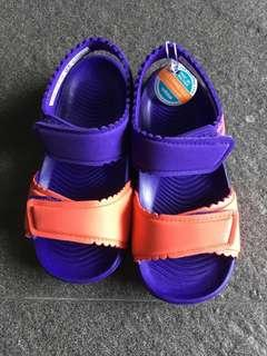 🚚 BNWT Authentic Adidas Sandals US 8K